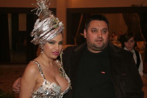 """Carmen Plesea si Catalin Buganu -patronul restaurantului """"Calul Balan"""""""