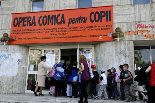 Copiii la Opera Comica pentru Copii