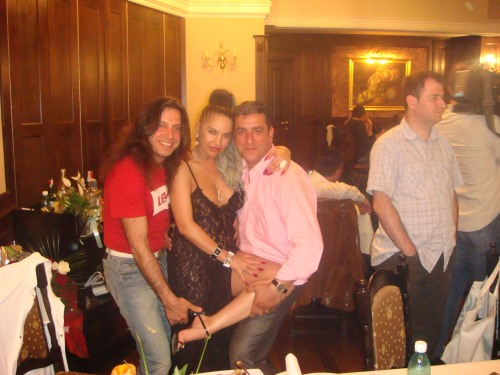 Yilmaz Bustani, Carmen Plesea si Gazi Demirel