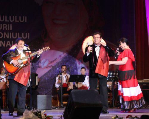 GABRIEL DOROBANTU si Grupul ALESIS recital in spectacolul FRUMOSU' DE LA MAREA NEAGRA