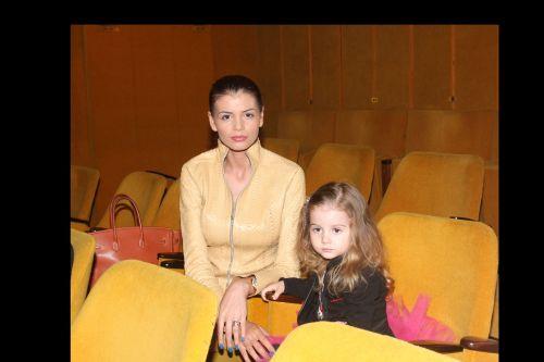 Monica si Irina Columbeanu la spectacolul FRUMOSU'DE LA MAREA NEAGRA