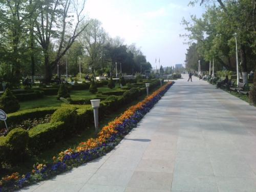 Intrare in Parcul Tei