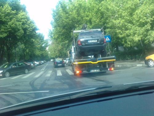 Masina ridicata in Bucuresti
